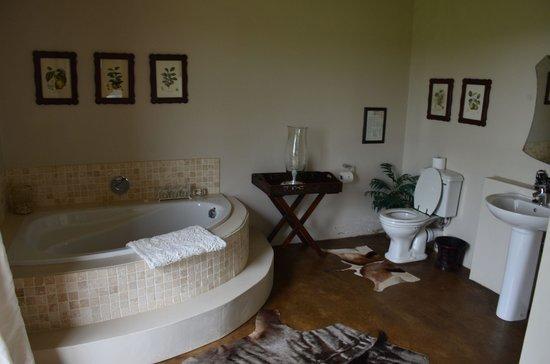 KarMichael Farm Guesthouse:                   Badezimmer