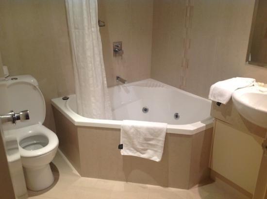 BEST WESTERN PLUS The Travel Inn Hotel:                   spa world