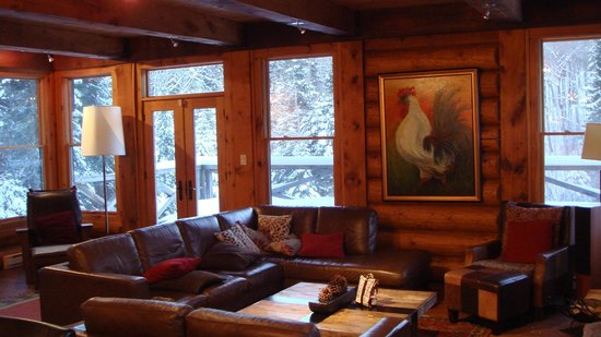 Tremblant Mountain Chalets:                   Living Room