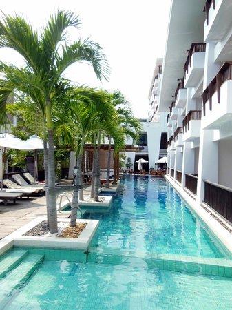Mantra Resort:                   Pool Area