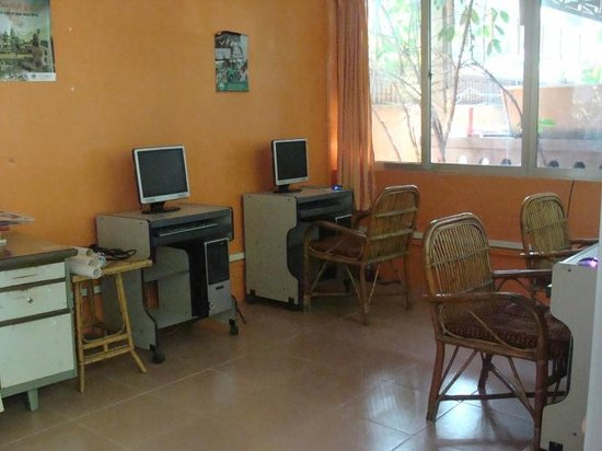 Bou Savy Guest House:                   Free internet