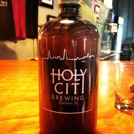 ‪Holy City Brewing‬
