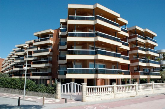 Voralmar-Mas d'en Gran Apartaments: EDIFICIO