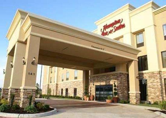 Hampton Inn & Suites Center: Exterior