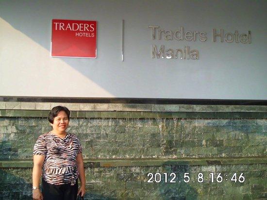 Hotel Jen Manila:                   Front Signage