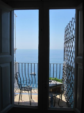 Hotel Miramare:                   Adorable balcony