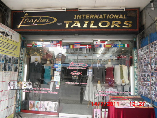 Provinz Chiang Mai, Thailand:                                     our shop daniel tailor