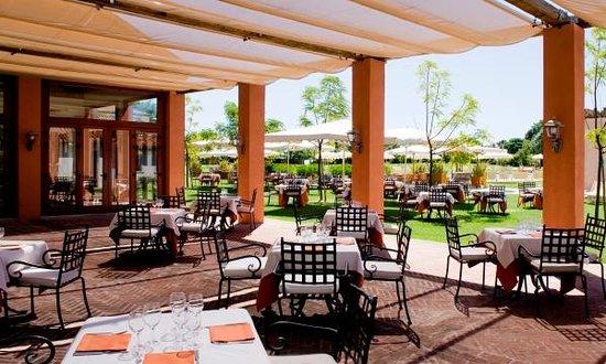 La Laguna Restaurant