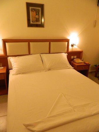 Hotel Porfi Beach:                   Номер