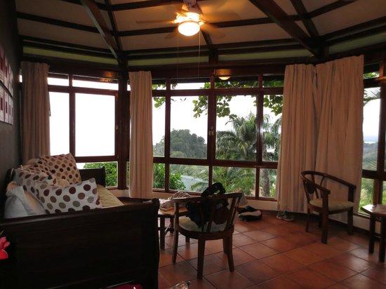Tulemar Bungalows & Villas:                   Living area
