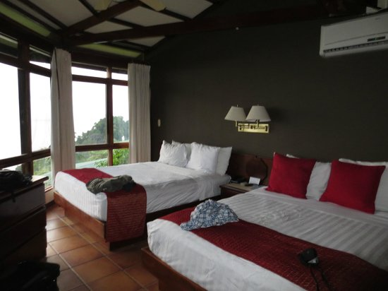 Tulemar Bungalows & Villas:                   Bedroom