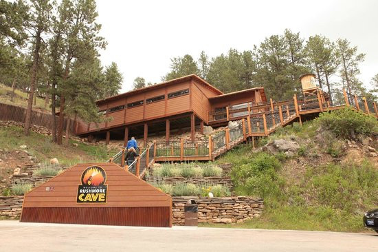 Rush Mountain Adventure Park : Rushmore Cave Visitor Center & Gift Shop
