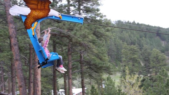 Rush Mountain Adventure Park : Flying on the Soaring Eagle Zipline at Rushmore Cave