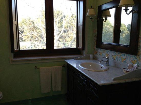 Relais Casabella:                   bathroom