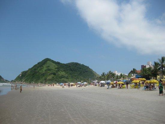 Tombo Beach Bonita Y Tranquila Playa En Guarujá
