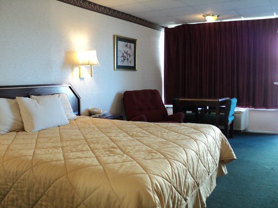 Relax Inn and Suites: standard suites with micro/fridge