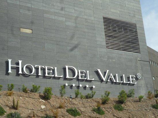 Enjoy Santiago Casino & Resort:                                     Frontis del Hotel