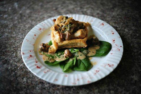 Boccata: Braised Chicken and Mushrooms Vol au Vent