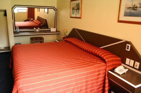Hotel Fornos: Habitación