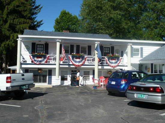 Bel Aire Motel:                   Vue extérieure du Motel