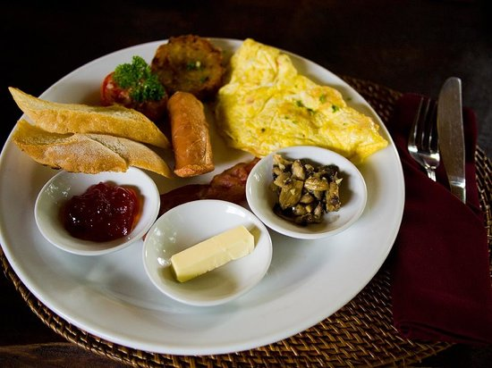 Junjungan Ubud Hotel and Spa:                   Western breakfast package