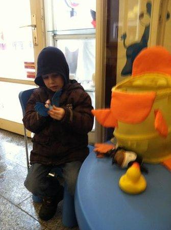 Stephan Rose Bakery:                   kids welcome, toy corner