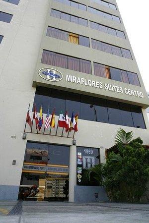 Miraflores Suites Centro: Fachada del Hotel