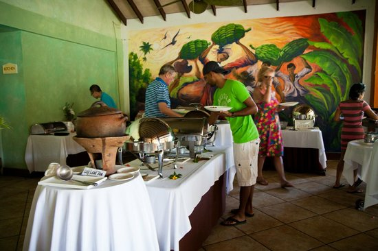 Coco Palm Resort:                   free breakfast buffet