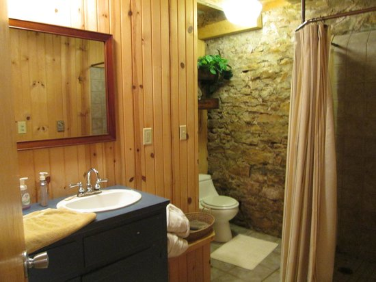 Ohio Barn BB Rustic Bathroom Shower Curtain