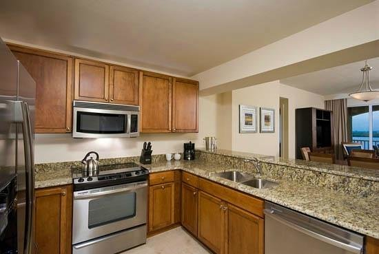 The Westin Cape Coral Resort At Marina Village: Suite Kitchen