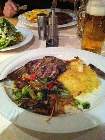 Hetzel Hotel:                   restaurant
