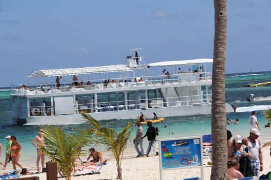 IFA Villas Bavaro Resort & Spa:                   beach boat for massage