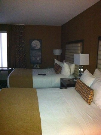 Moonrise Hotel:                   Room