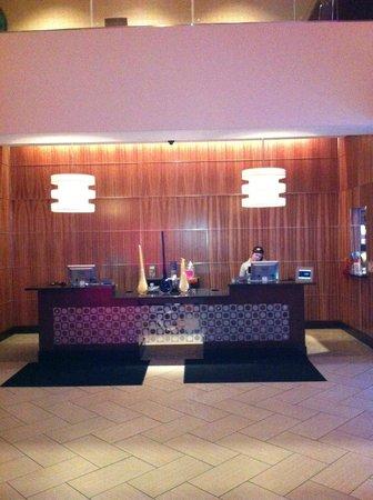 โรงแรมมูนไรส์:                   Lobby