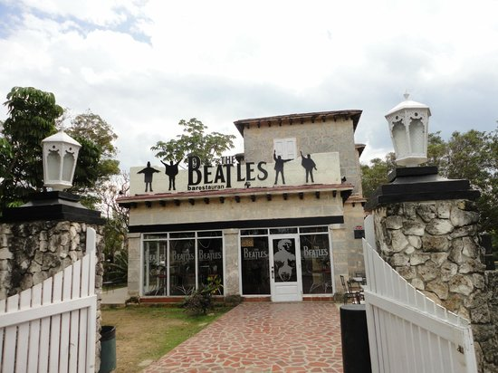 Beatles Bar:                   Bar