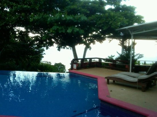 Tulemar Bungalows & Villas:                   Quiet pool next to our bungelow -