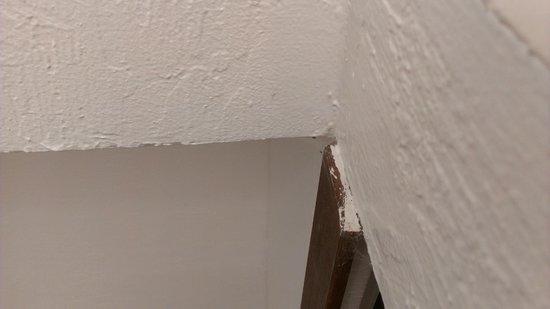 Aston at Poipu Kai:                   Unit 511 main hall cobwebs