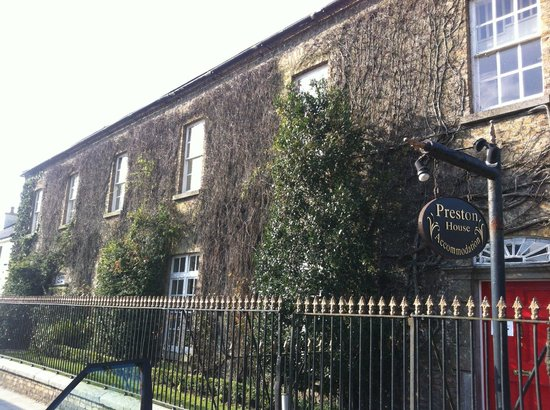 Preston House Restaurant and GuestHouse:                   Preston House