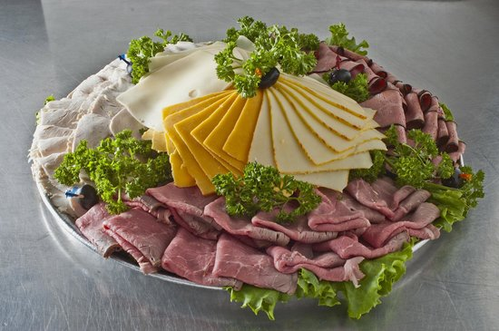 Brent's Delicatessen & Restaurant: Meat Tray - Catering