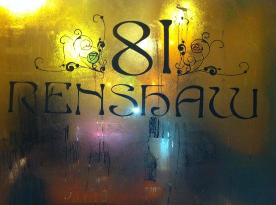 81 Renshaw:                   The inviting entrance.