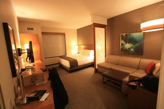 Hyatt Place LAX El Segundo: Welcoming room