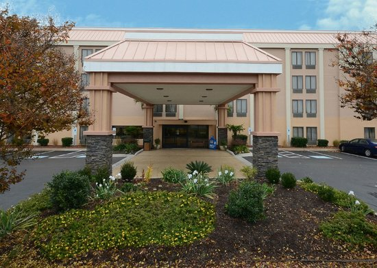Best Western Plus Wilmington/Wrightsville Beach: Exterior