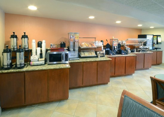 BEST WESTERN PLUS Wilmington/Wrightsville Beach: Breakfast Area