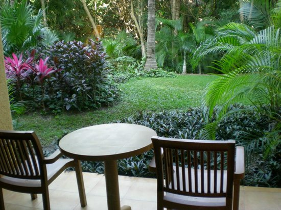 Barcelo Maya Tropical:                   Garden View