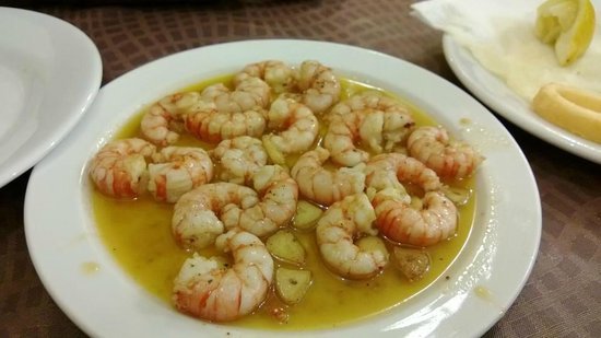 Montalban - Casa Jose:                   Shrimps with olive oil and garlic. Very tasty!