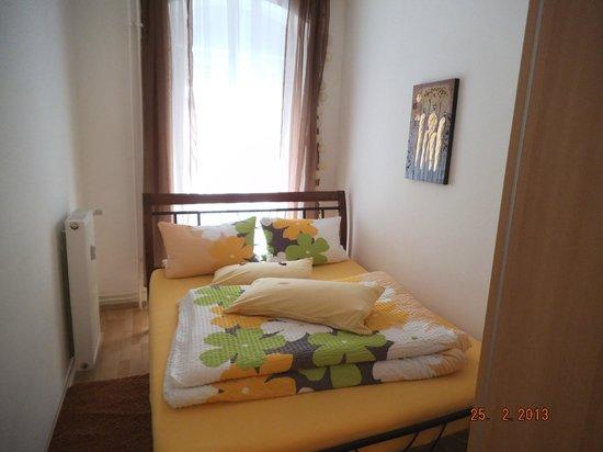 City Room Berlin:                   The bedroom