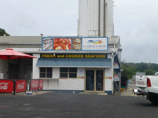 Iluka, Australia: Fishermans co op...
