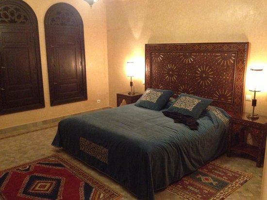Al Fassia Aguedal:                                     Schlafzimmer/camera da letto