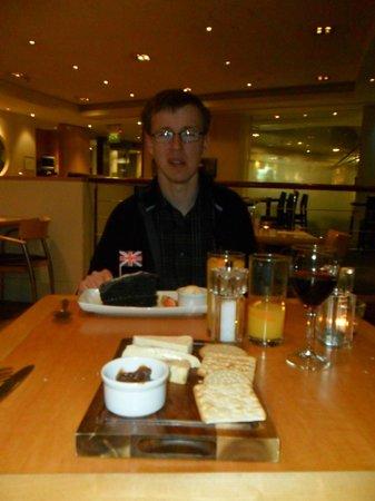 Holiday Inn London - Heathrow Ariel:                   Chocolate fudge cake and the cheese board - mm!                 