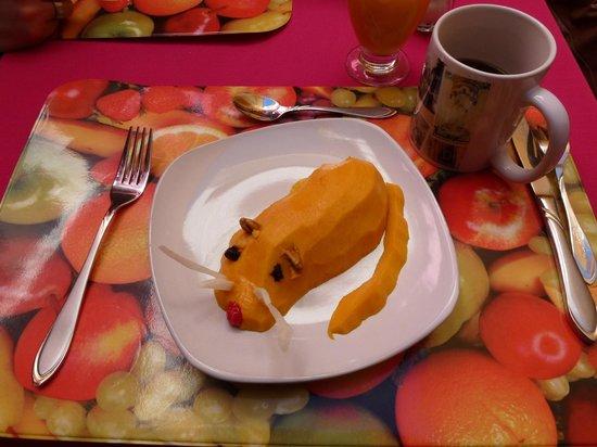 Hostal Casa de Dante:                   Desayuno simpatico y original !!!                 